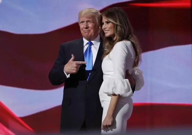 Autora del discurso de Melania Trump admite plagio