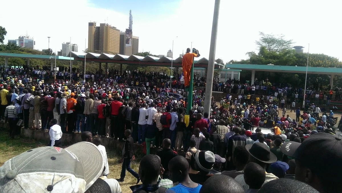 NASA supporters throng Uhuru Park ready for Raila's swearing-in