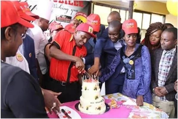 """""""Vijana na Jubilee"""" wamwandalia rais Uhuru Kenyatta sherehe za siku yake ya kuzaliwa"""