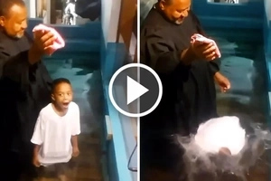 Little boy gets impatient with pastor's speeches and baptizes himself!