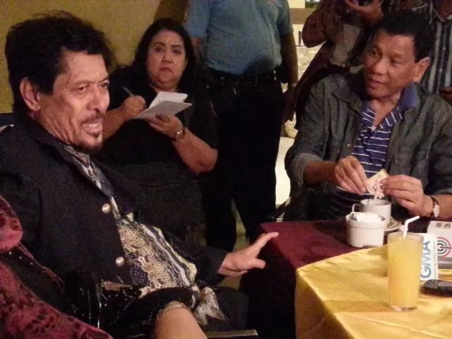 Duterte gives full powers to Misuari in Abu Sayyaf negotiations