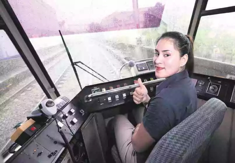 LRT-1 hires first female driver