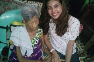 Ang bait mo talaga! Maine Mendoza grants senior citizen's wish