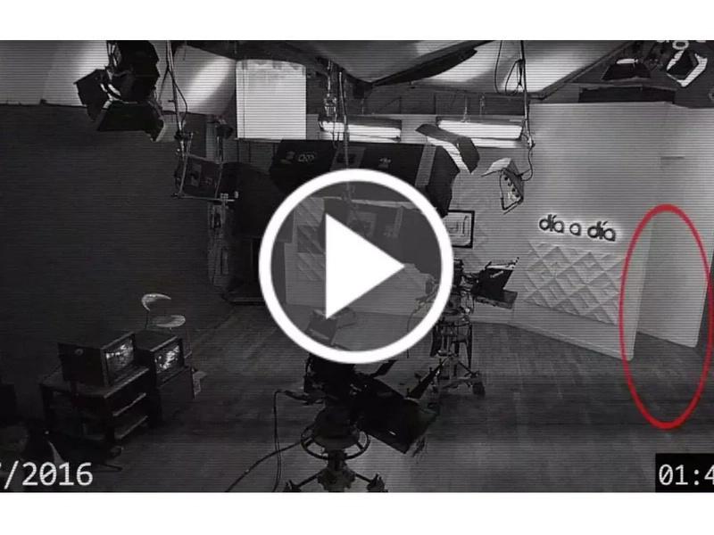 Captan fantasma en estudios de televisión colombiana