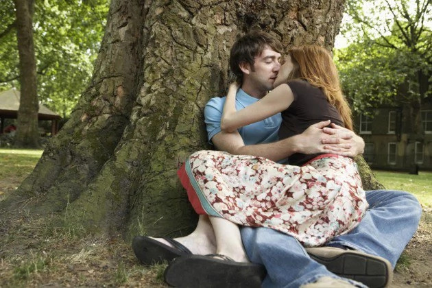 5 wonderful reason to share a kiss frequently