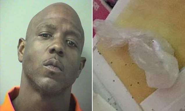 Hilarious moment drug dealer reports himself to cops after his stash of cocaine and cash is stolen