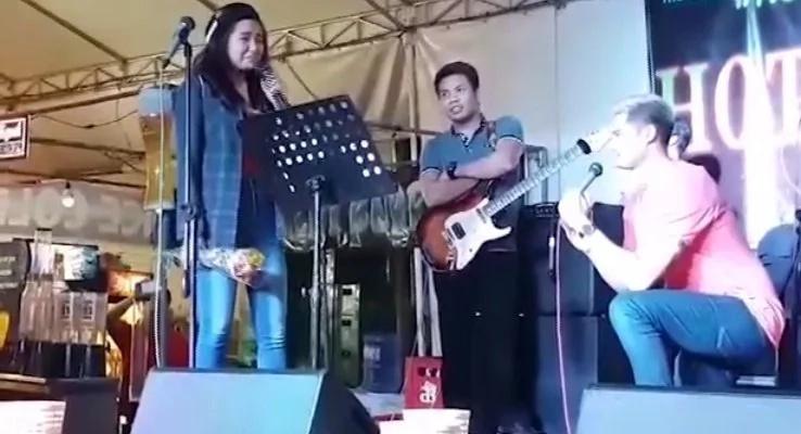 Pinay-singer