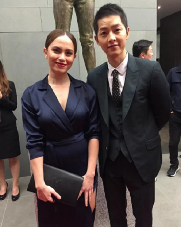 Jessy Mendiola gets photo op with Song Joong Ki and other Kpop stars
