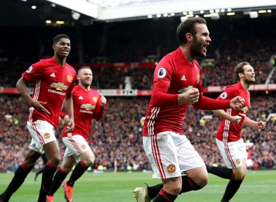 Manchester United and Arsenal draw in a mouthwatering clash
