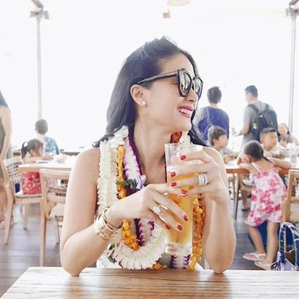 Grabe, P1.5 million ang isa nyan, and that's secondhand pa! Unbelievable price of Heart Evangelista's bracelets shocks netizens