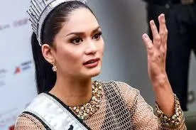 On Pia Wurtzbach's queenly duties