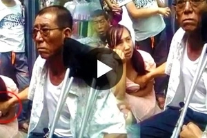 This Chinese man's bizarre way of knowing future will SHOCK you!