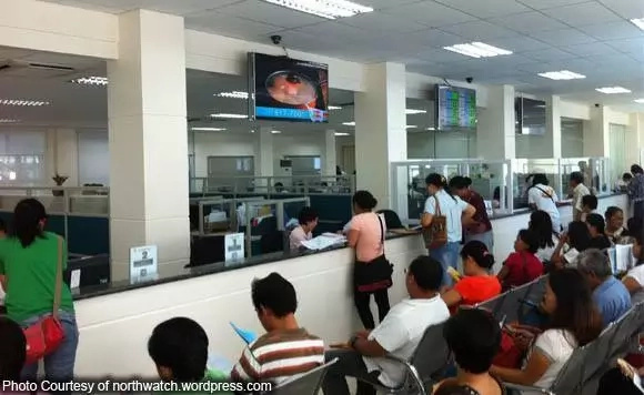 Duterte mandates employees to serve PH right