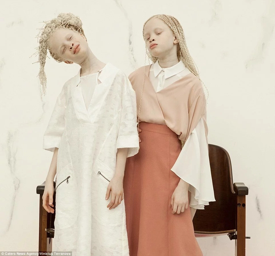 Rare flowers! Meet twin sisters, 11, who are conquering fashion world with their stunning looks (photos)