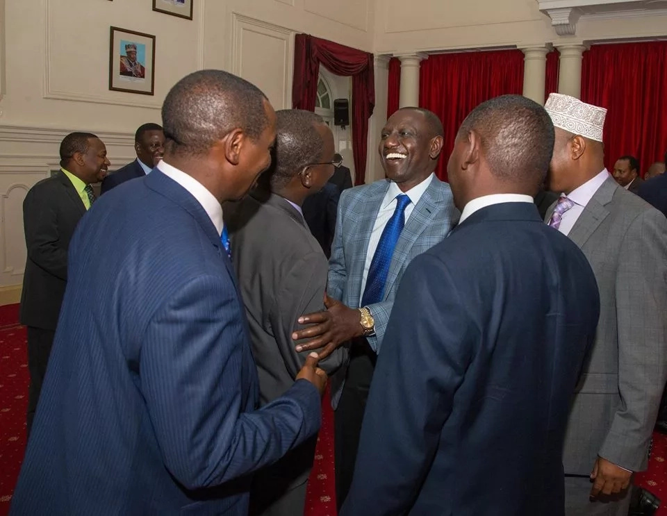 Rais Uhuru Kenyatta amuidhinisha gavana wa Kwale Salim mvurya