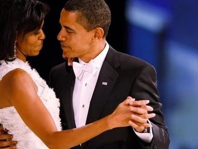 Miaka 25 baadaye mapenzi kati ya Obama na Michelle bado ni moto wa kuotea MBALI (picha)