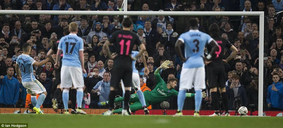 De Bruyne strikes as Man City storm into CL semis