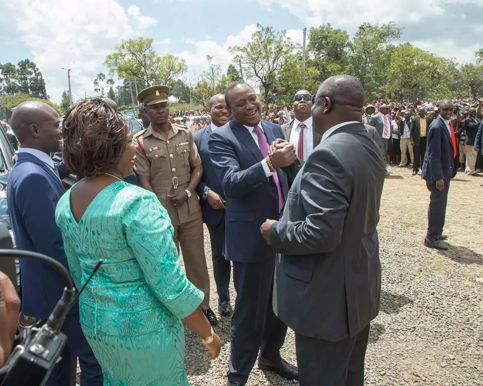 Why can't you be like Ruto? - Uhuru asks Raila