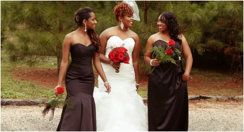 A stepmother tried to ruin the wedding, but mom fought back