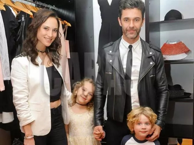 La familia de Mariano Martínez causó sensación en las redes
