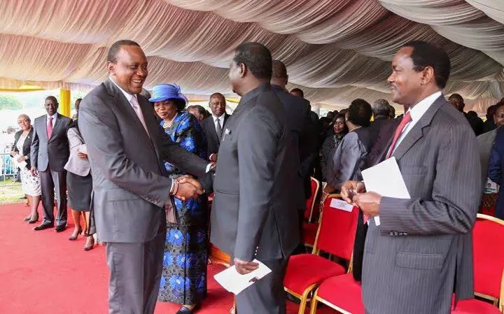 Uhuru, Raila tour parks excitement in the western region