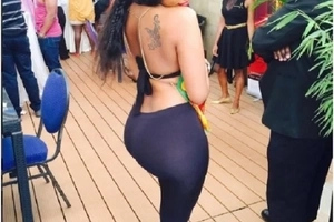 Hot Kamba lady who asked Kenyans to come for a sex party shares more photos