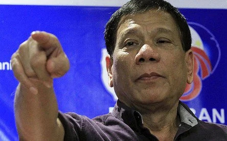 President Duterte wants to fight Trump inside the ring
