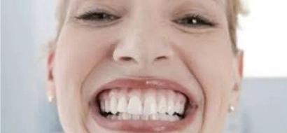 Este alimento mantendrá tus dientes blancos y relucientes