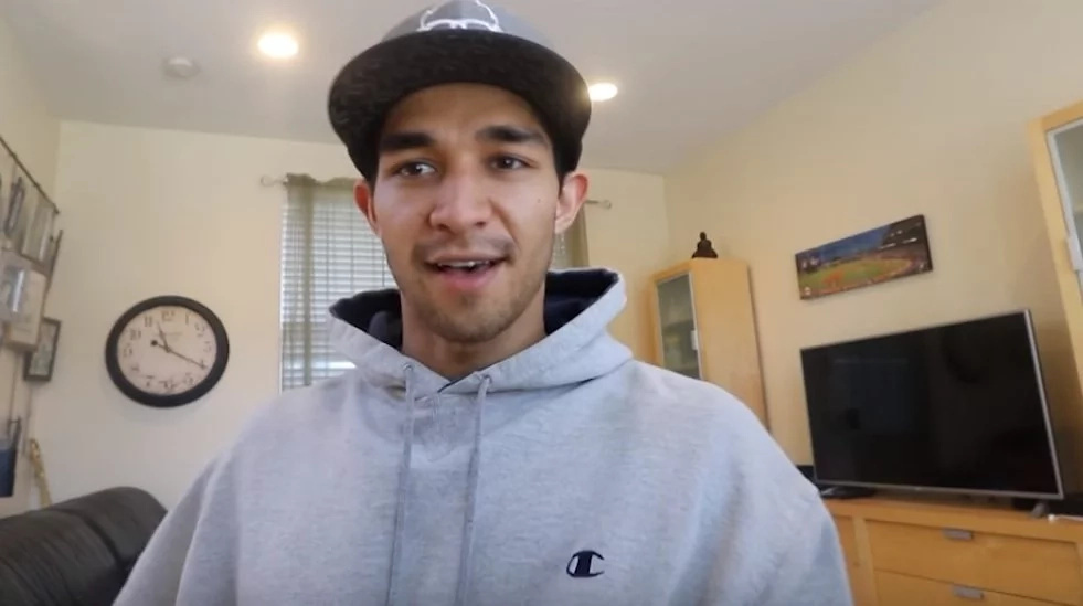 Wil Dasovich reveals truth on his condition. He said he is sick but would still continue video blogging!