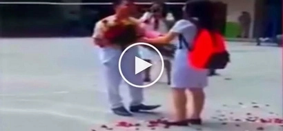 Busted si kuya! Filipina student rejects romantic suitor in front of shocked schoolmates
