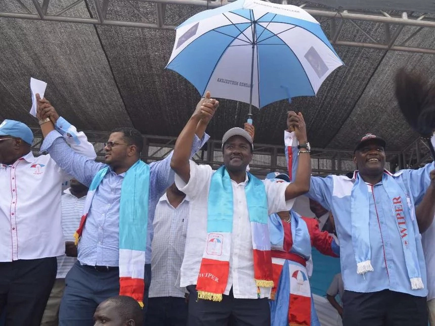 Is Kalonzo Musyoka headed to Jubilee Party?