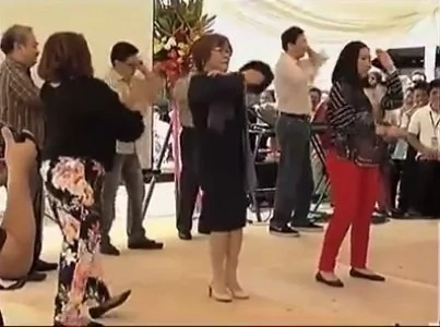 De Lima shows off amazing dance moves