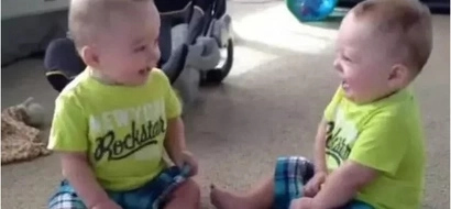 Meet identical twins who have the funniest conversation with each other (photos, video)