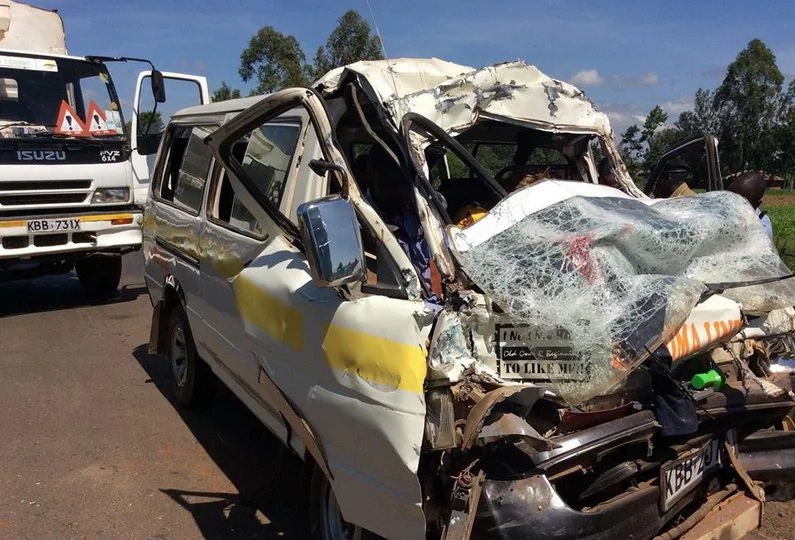 Driver causes bad accident while kissing passenger, kills X in kakamega