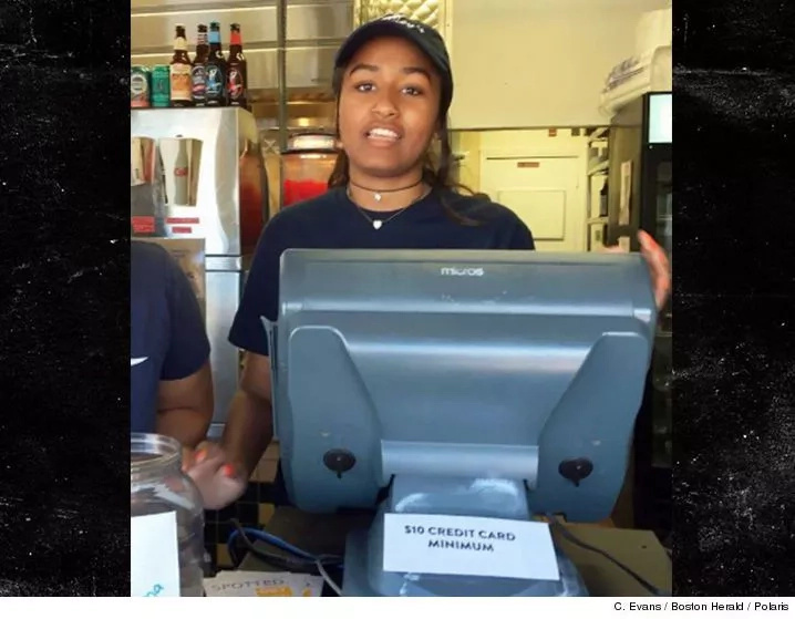Sasha Obama takes up summer job at restaurant serving food