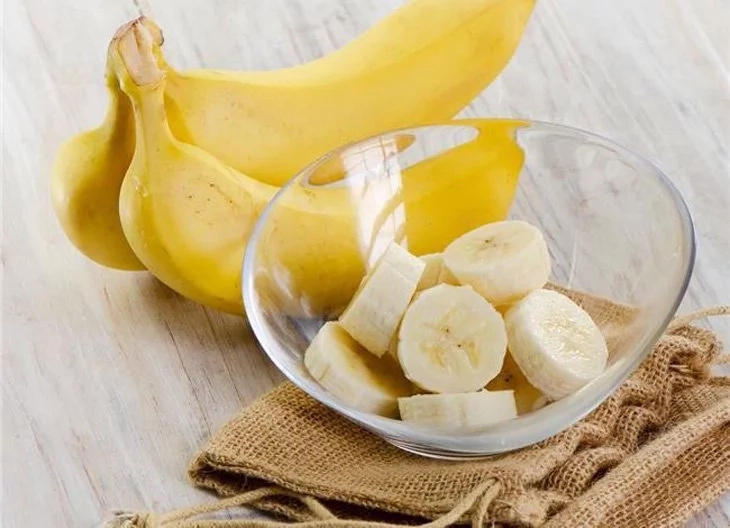 Reasons you should take 2 or more bananas daily