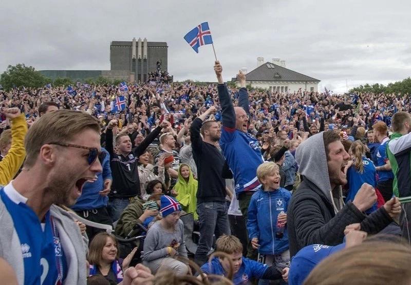 """Islandia, """"grabados en el corazón de todo un país. Por hoy y por siempre"""""""