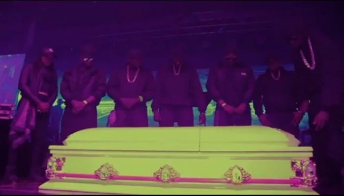 Controversial Kenyan rapper leaves jaws on the floor as he enters the stage in a coffin