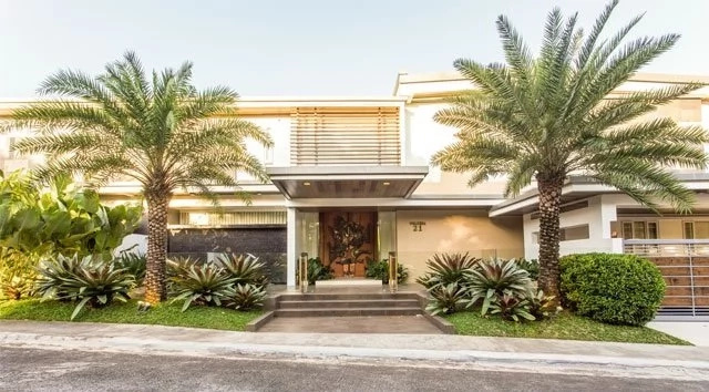 Coco Martin gives an awesome tour of his lavish house in Quezon City