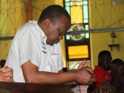 Uhuru Kenyatta speaks over claims Jubilee is registering Ethiopians and Ugandans as voters