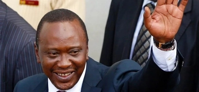 Uhuru brings Nairobi to a halt,pulls MASSIVE crowds(photos)