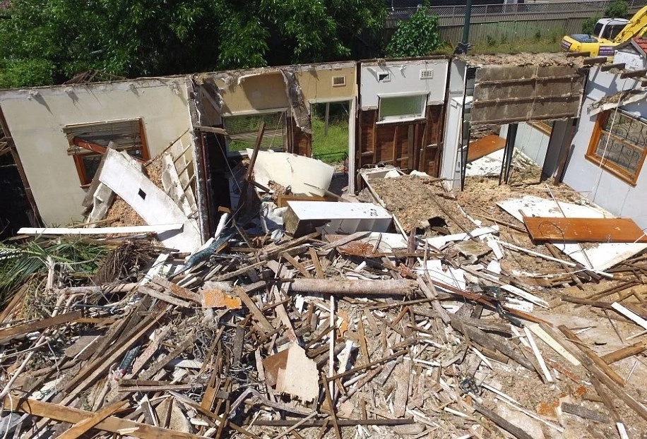 Oops... Million-Dollar House Demolished BY ACCIDENT