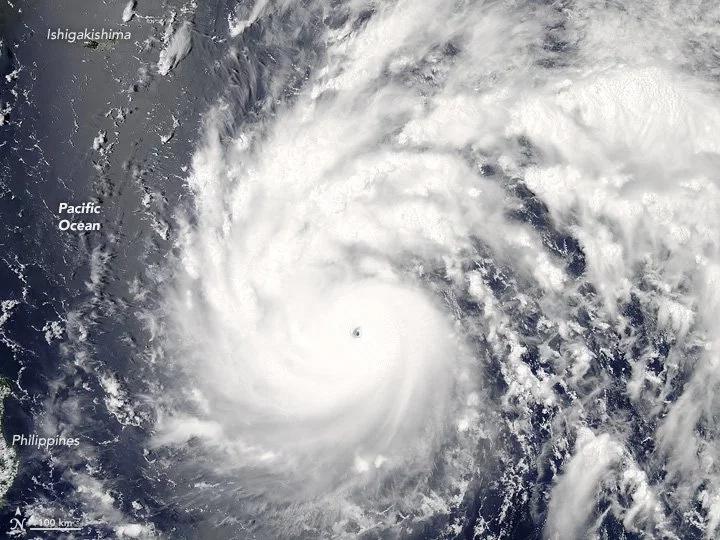 Taiwán en alerta máxima por súper tifón