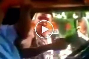 Violent Pinoy repeatedly slaps jeepney driver using his slipper for bumping his pedicab