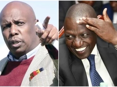 Uhuru and Gideon Moi can't find a verse in the Bible and it is DP Ruto who helps them (video)