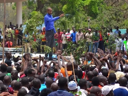 Gunshots outside Parklands Police station as UoN students protest Babu Owino's dramatic arrests