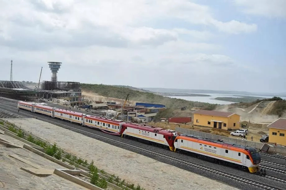 Uhuru reveals when he will board the much awaited SGR train that has excited every Kenya