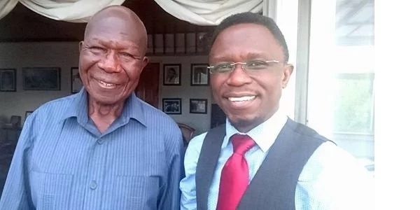 Age has really caught up with former Vice President Moody Awori. Here he is with MP Ababu Namwamba.