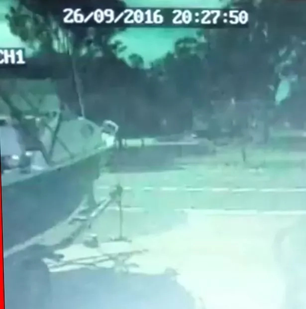 A huge meteor crashed into Australia shaking houses and burning the sky