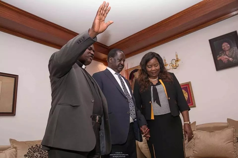 Raila and Mama Ida prove how tight they are even in old age